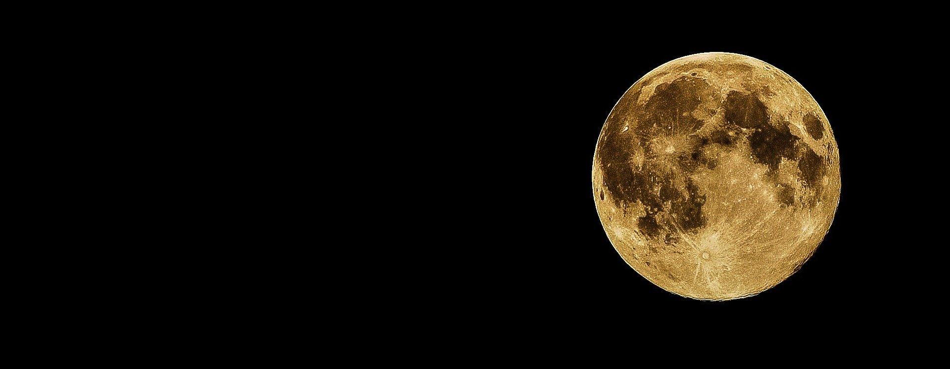 il rapporto tra luna e orto non ha chiare evidenze scientifiche. Buona parte di quanto segue è frutto di tradizioni popolari, tramandate dagli albori dell'agricoltura. Si ipotizza addirittura che certe abitudini servissero a organizzare il lavoro, non tanto a sfruttare influsso della luna in sé.